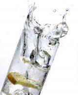 Frisches Wasserglas